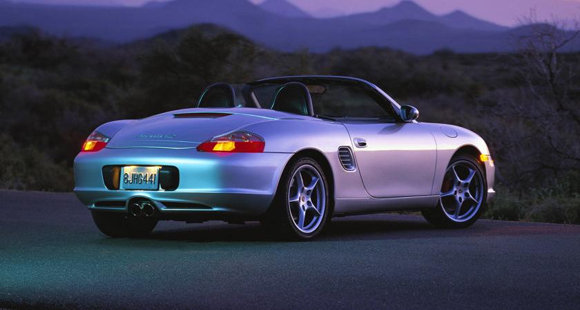 Porsche-Boxster_S_2004